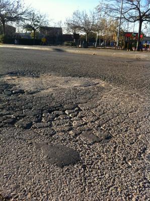 Psoe Colmenarejo propondrá asfaltar las maltrechas calles de Colmenarejo si finalmente llega el dinero PLAN  PRISMA